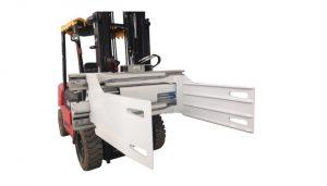 Forklift dengan pembekal lampiran bale clamp